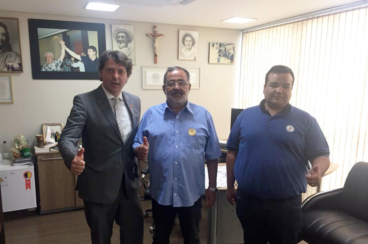 Visita do Vereador Leandro e seu Pai ex-vereador Zezinho do PMDB de Pinhais.