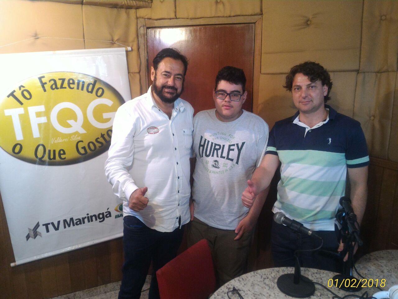 Deputado Anibelli Neto concede entrevista à Rede de Rádios em Paranavaí.