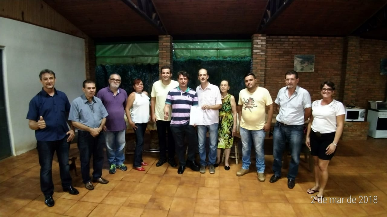 Anibelli Neto entrega a homologação do MDB em Nova Londrina