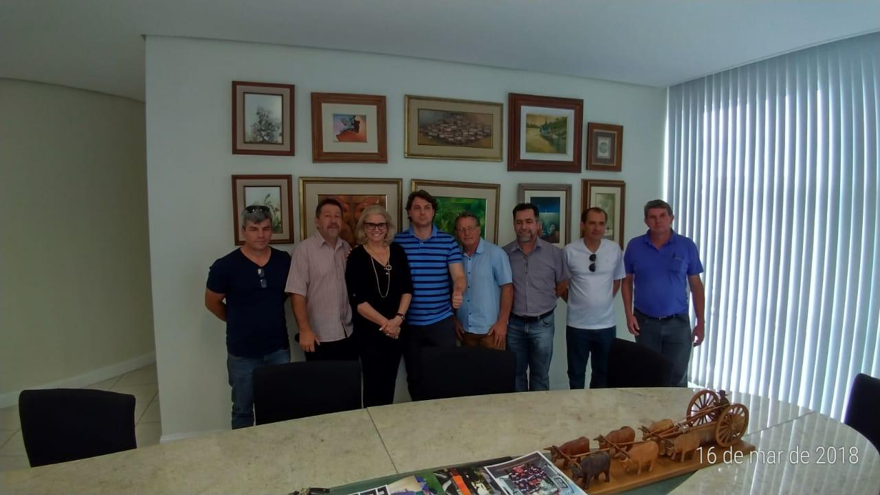 Deputado Anibelli em visita ao Diário do Sudoeste.