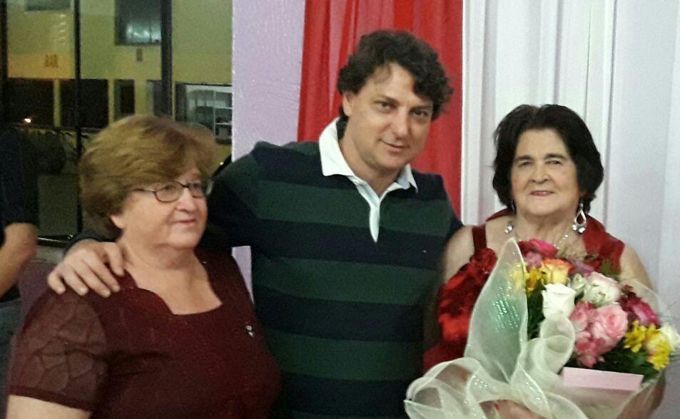 Anibelli Neto prestigia Dona Daluz em seu aniversário de 86 anos