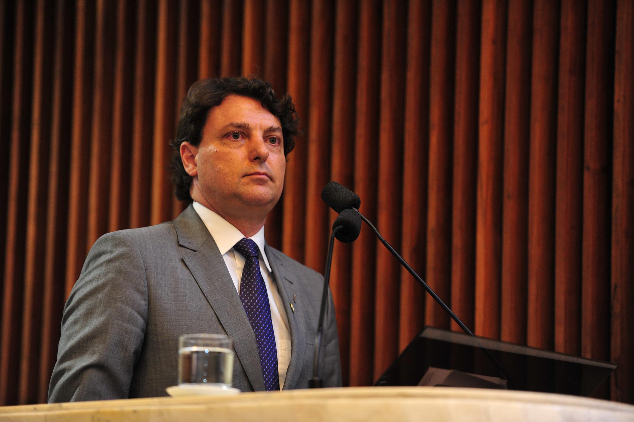 Anibelli critica legado negativo deixado pelo governo do PSDB para os servidores públicos do Paraná