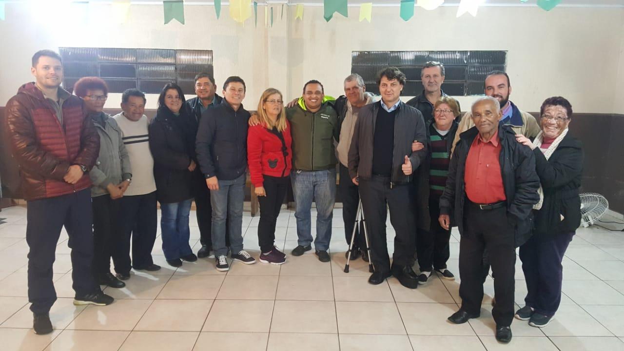 Anibelli Neto com lideranças de Curitiba