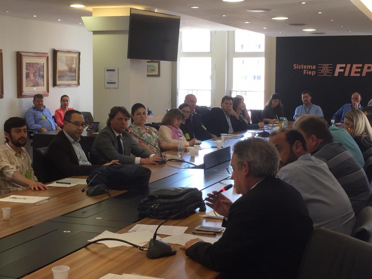 Câmara Setorial da Erva-Mate debate Lei que criou Política Estadual de Incentivo