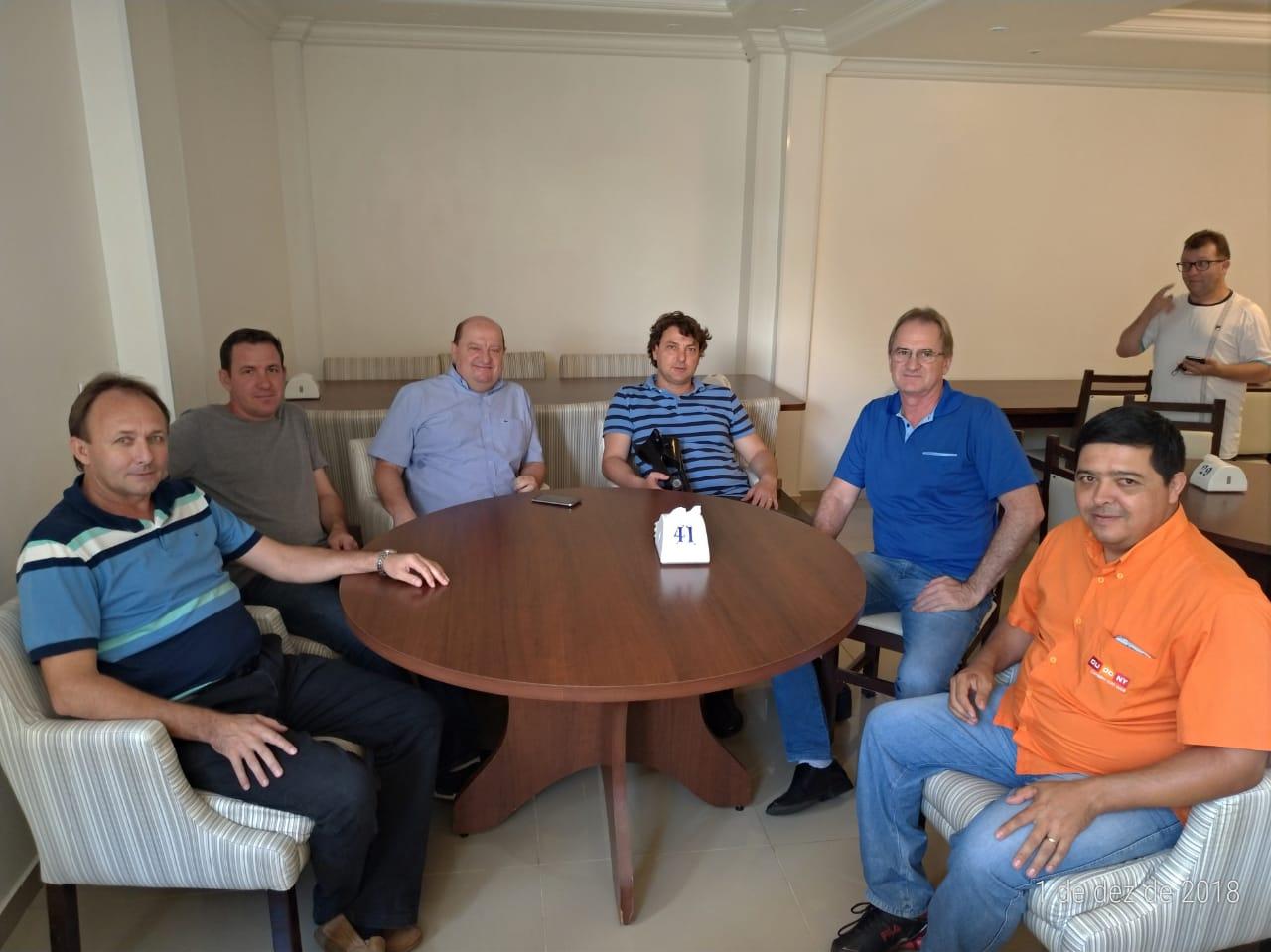 Anibelli Neto visita companheiros emedebistas de Capanema