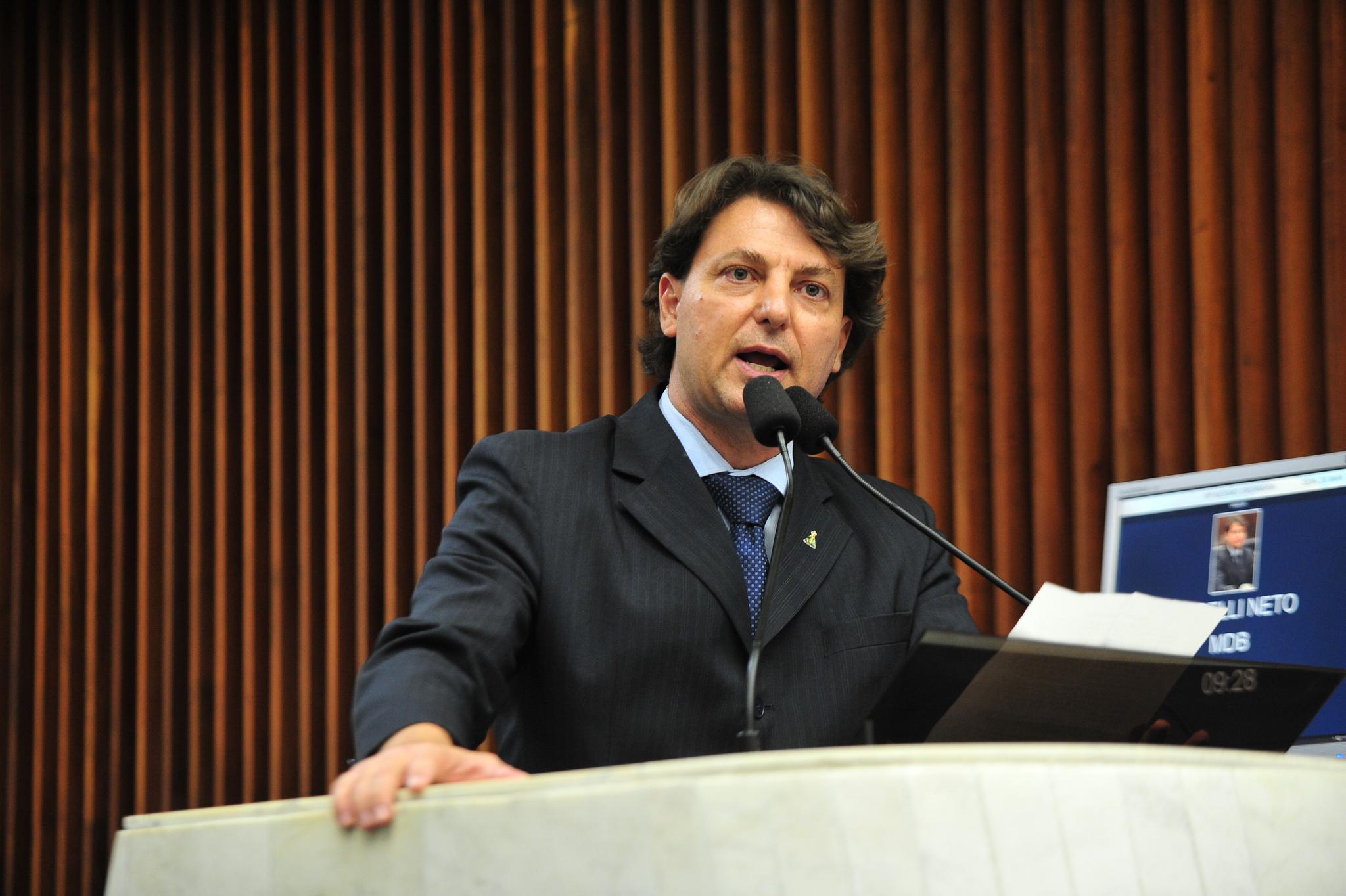 Anibelli Neto pede que Copel suspenda contratos de fornecimento de energia na modalidade tarifária durante a pandemia