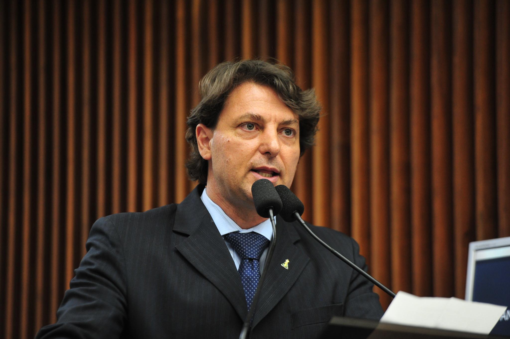 """Anibelli Neto apresenta """"Voto de Congratulações"""" à Coamo, que completa 50 anos"""