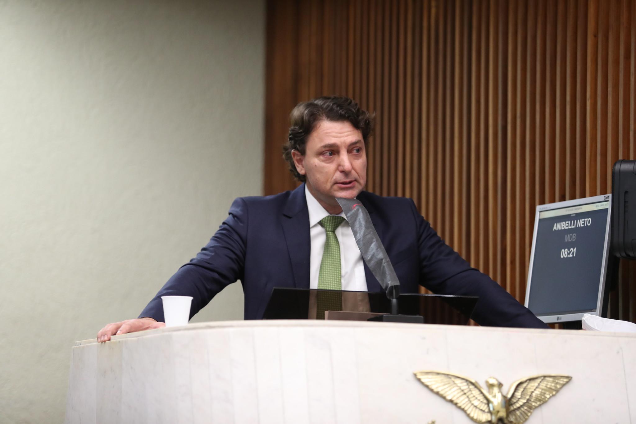 Anibelli Neto apresenta voto de pesar pela morte do ex-prefeito de Mangueirinha