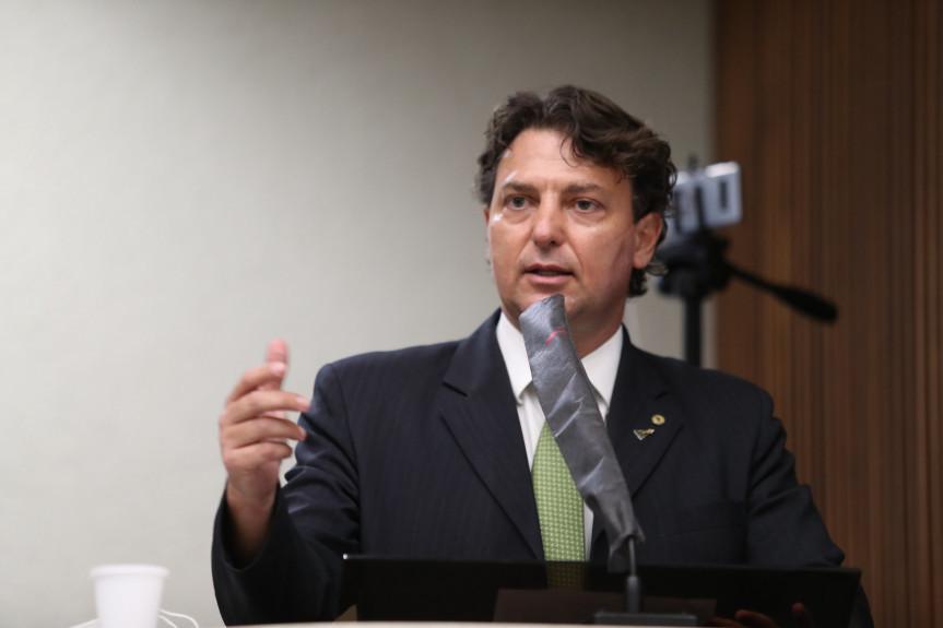 Deputados derrubam na justiça validade da Lei das Funerárias de Curitiba