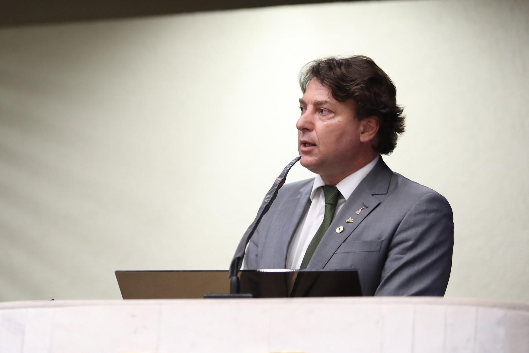 Anibelli Neto destaca avanços com a aprovação da PEC da reforma eleitoral