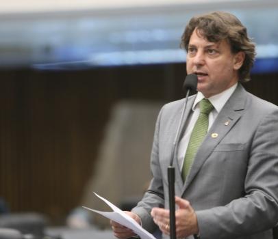 Anibelli Neto é impedido de questionar secretário da Fazenda sobre dívida do CAP
