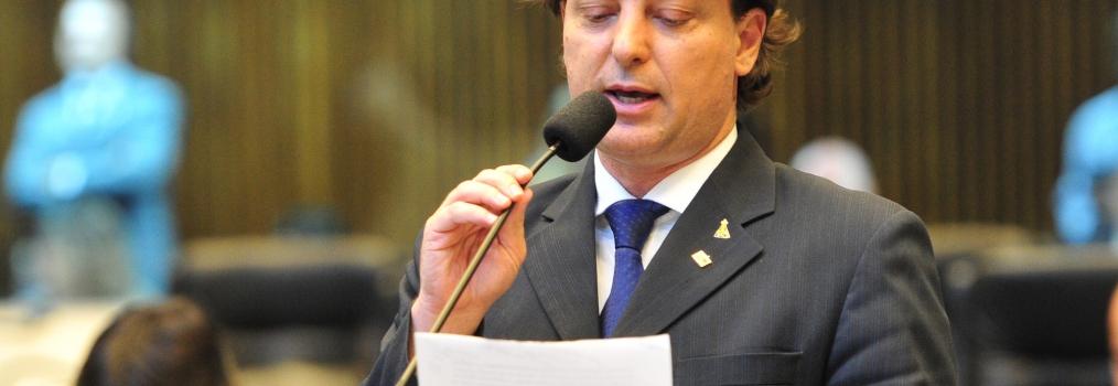 Governo deu desconto de R$ 1,5 bilhão no ICMS a empresa do Paraná Competitivo, denuncia Anibelli Neto