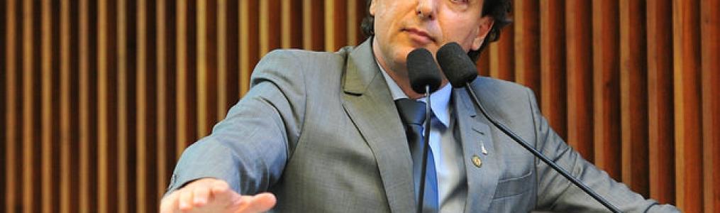 Governo deve explicações à população, diz Anibelli sobre irregularidades no pedágio do Paraná