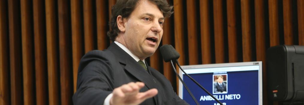 Assembleia aprova projeto de Anibelli Neto que homenageia Caito Quintana