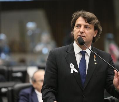 PEC de Anibelli Neto que permite consórcios de municípios será promulgada
