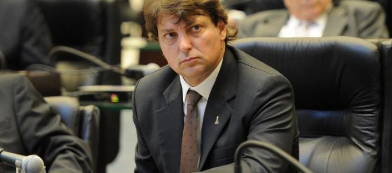 Deputado Anibelli Neto defende os Micros e Pequenos Empresários do Paraná.