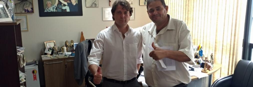 Anibelli Neto recebe a visita do presidente da Câmara de Santa Isabel do Ivaí, seu companheiro emedebista Sidney do Ônibus.