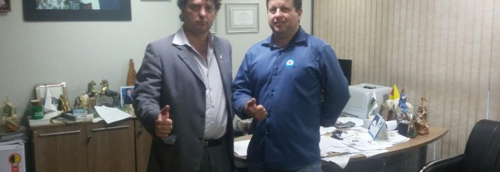 Anibelli recebeu a visita do companheiro Neno presidente do PMDB de Munhoz de Mello.