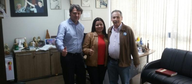 Deputado Anibelli Neto recebe amigos de Doutor Camargo.
