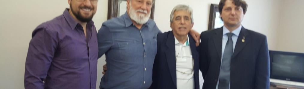 Anibelli Neto revê o amigo Osmar Dias na companhia do ex-prefeito de São Jorge do Ivaí, Milton Muzulon.