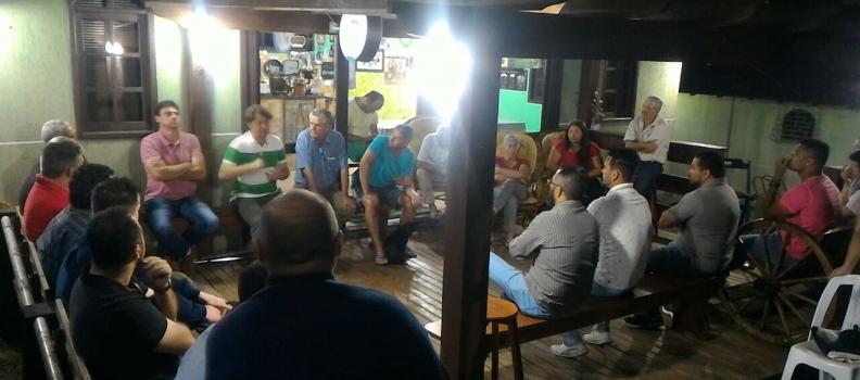 Reunião com Companheiros de Quatro Barras.