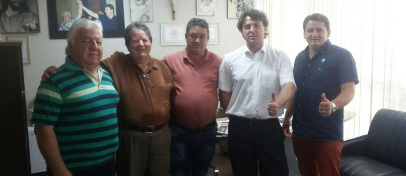 Anibelli Neto recebe a visita dos Amigos de Palmas.