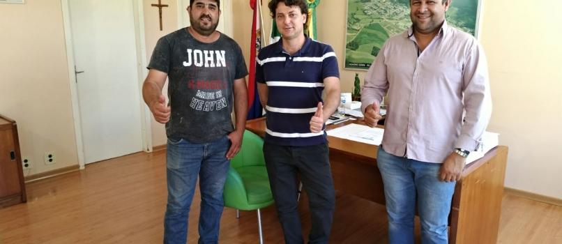Visita ao amigo prefeito Luciano Dias de Honório Serpa.