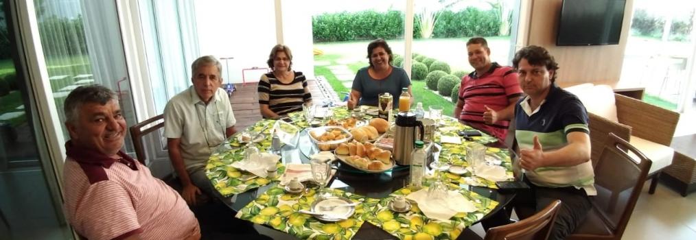Anibelli Neto visita amigos em São Jorge do Ivaí.