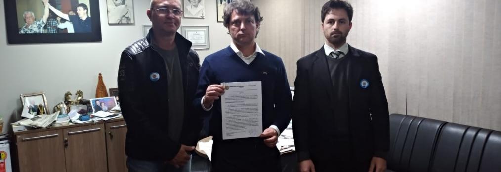 Deputado Anibelli Neto recebe reivindicações do Setor Energético do Paraná.