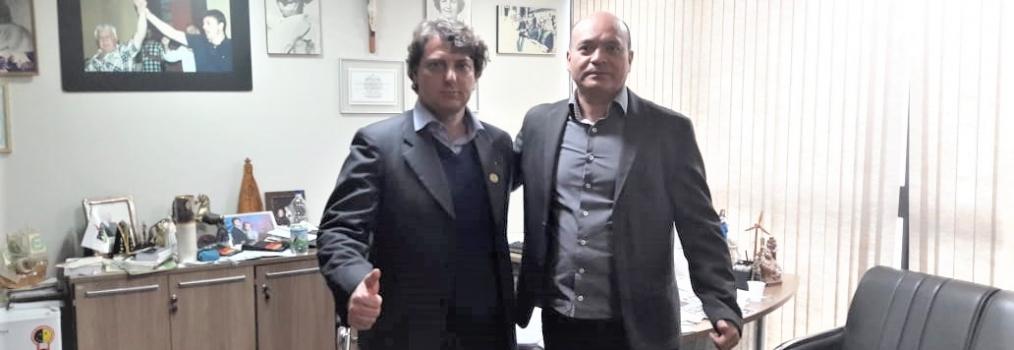 Anibelli Neto recebe o ex-vereador Prof. Juciel do Município da Lapa.
