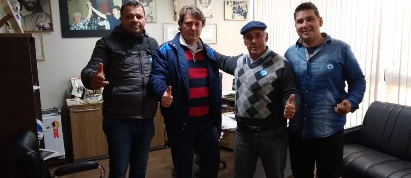 Visita dos amigos de Guaraqueçaba.