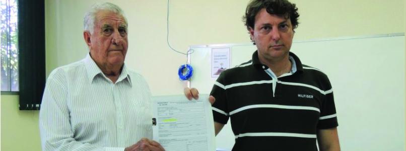Anibelli Neto faz entrega de emenda de 100 mil para Saúde do município de Floresta.