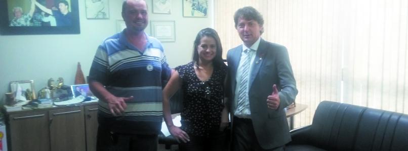 Amigos de Quitandinha visitam Anibelli.