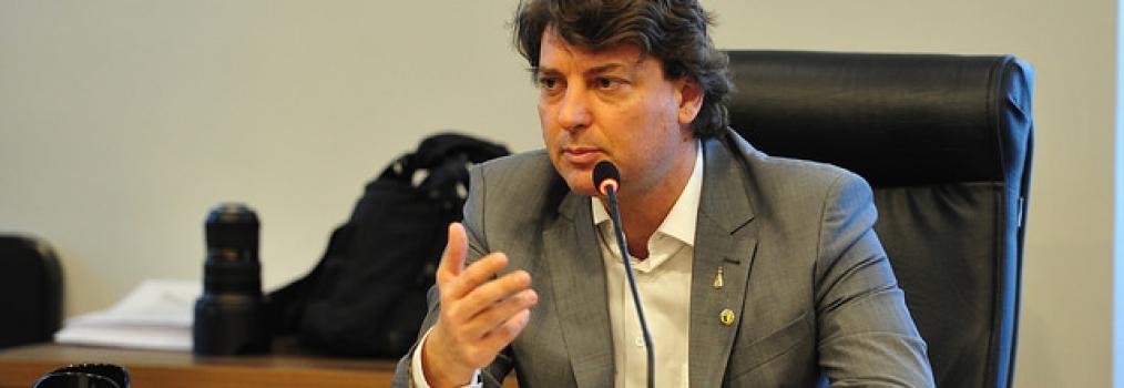 Emendas da oposição autorizam pagamento da data-base do funcionalismo de 2016, 2017 e 2018
