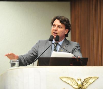 Anibelli Neto comemora conquistas na área de agricultura