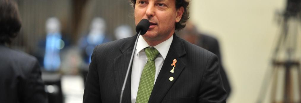 Governador sanciona Lei 20015 e atestado médico digital passa a ser obrigatório
