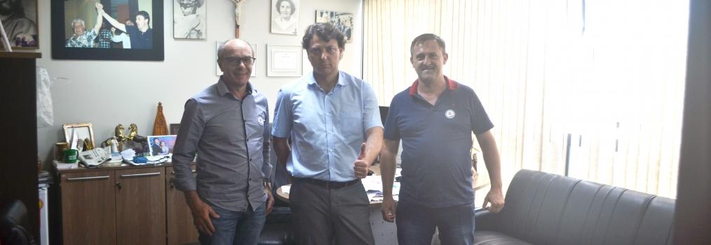 Visita do Vereador Prof. Moacir Gregoli do MDB de Pato Branco.