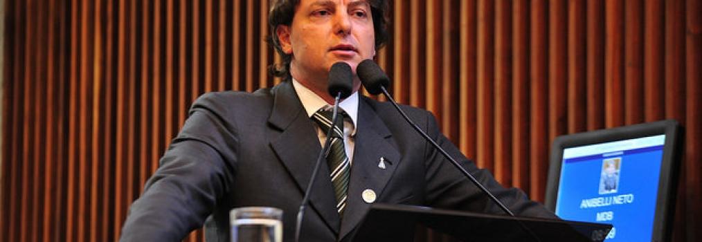 Anibelli agradece população paranaense pela reeleição e destaca apoio da Esposa e família